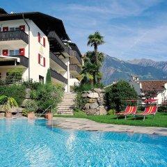 Отель Sonnenhof Италия, Марленго - отзывы, цены и фото номеров - забронировать отель Sonnenhof онлайн бассейн