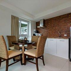 Отель Shanaya Residence Ocean View Kata Пхукет в номере фото 2