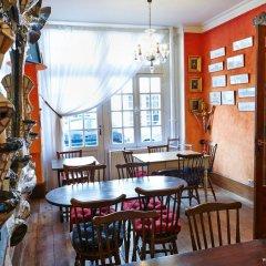 Отель Hôtel Jeanne d'Arc Le Marais Франция, Париж - отзывы, цены и фото номеров - забронировать отель Hôtel Jeanne d'Arc Le Marais онлайн питание фото 2