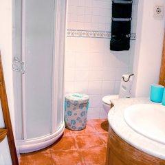 Отель Lollipop Flats City Centre Deluxe Suite ванная фото 2