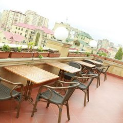 Отель Премьер Отель Азербайджан, Баку - 5 отзывов об отеле, цены и фото номеров - забронировать отель Премьер Отель онлайн балкон