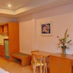 Отель Seven Oak Inn удобства в номере