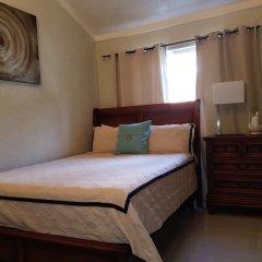 Отель The Tallyman сейф в номере