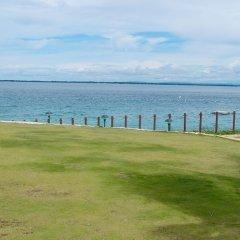 Отель Crimson Resort and Spa Mactan Филиппины, Лапу-Лапу - 1 отзыв об отеле, цены и фото номеров - забронировать отель Crimson Resort and Spa Mactan онлайн спортивное сооружение