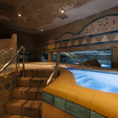 Senator Gran Vía 70 Spa Hotel развлечения