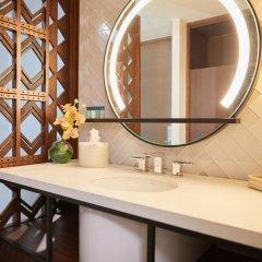 Отель Waikiki Beachcomber by Outrigger ванная фото 2