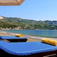 Отель Iberostar Bellevue - All Inclusive Черногория, Будва - 12 отзывов об отеле, цены и фото номеров - забронировать отель Iberostar Bellevue - All Inclusive онлайн приотельная территория фото 2