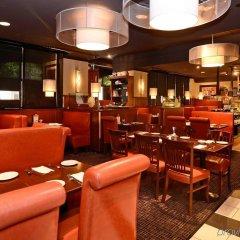 Отель Albert At Bay Suite Hotel Канада, Оттава - отзывы, цены и фото номеров - забронировать отель Albert At Bay Suite Hotel онлайн гостиничный бар