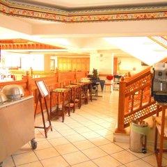 Отель Majliss Hotel Марокко, Рабат - отзывы, цены и фото номеров - забронировать отель Majliss Hotel онлайн гостиничный бар