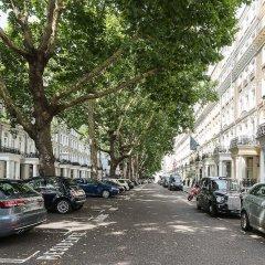 Апартаменты Huge, Regal 2BR Apartment Right next to Harrods! Лондон парковка