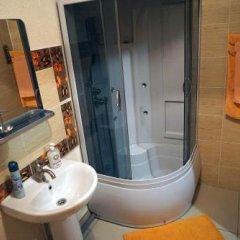 Гостиница Меблированные комнаты Angel в Новосибирске отзывы, цены и фото номеров - забронировать гостиницу Меблированные комнаты Angel онлайн Новосибирск ванная