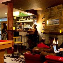 Отель Hakuba House Хакуба гостиничный бар