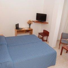 Отель La Noyesa комната для гостей