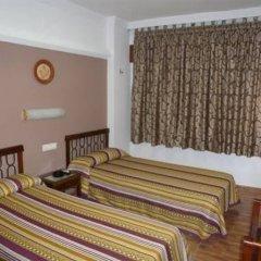 Отель Hostal la Campana сейф в номере