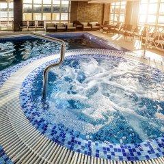 Отель Radisson Resort & Residences Zavidovo Вараксино бассейн