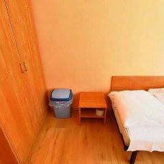 Отель Gdanski Dom Turystyczny Hostel Польша, Гданьск - отзывы, цены и фото номеров - забронировать отель Gdanski Dom Turystyczny Hostel онлайн сейф в номере