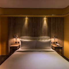 Inhouse Hotel комната для гостей