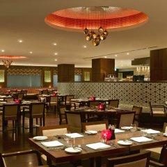 Отель Hilton Garden Inn New Delhi/Saket Индия, Нью-Дели - отзывы, цены и фото номеров - забронировать отель Hilton Garden Inn New Delhi/Saket онлайн питание