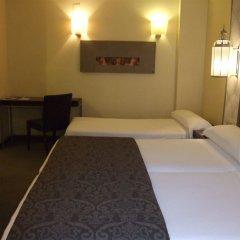 Отель Maciá Alfaros комната для гостей фото 5