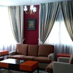 Отель Royal Crown Hotel Sharjah ОАЭ, Шарджа - отзывы, цены и фото номеров - забронировать отель Royal Crown Hotel Sharjah онлайн интерьер отеля