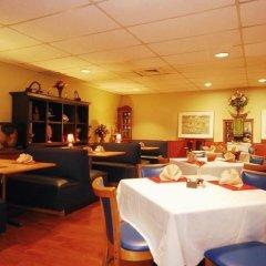 Отель Magnuson Grand Columbus North питание фото 3