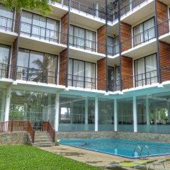 The Rain Tree Hotel бассейн