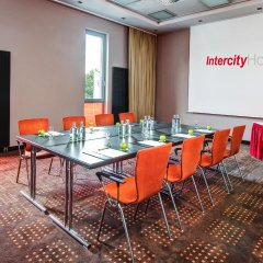Отель Intercityhotel Berlin-Brandenburg Airport