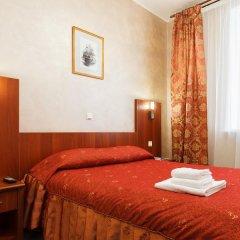 Гостиница Регина 3* Стандартный номер с двуспальной кроватью фото 3