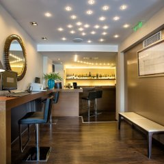 Athens Gate Hotel гостиничный бар фото 2