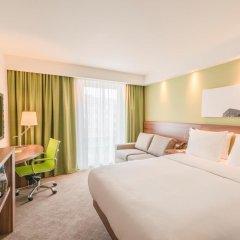 Отель Hampton by Hilton Hamburg City Centre комната для гостей