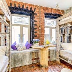 Гостиница Moomidol Hostel в Санкт-Петербурге отзывы, цены и фото номеров - забронировать гостиницу Moomidol Hostel онлайн Санкт-Петербург комната для гостей фото 2
