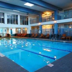 Отель Crowne Plaza Bloomington Msp Airport / Moa Блумингтон бассейн