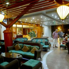 Отель The Light Hotel & Spa Вьетнам, Нячанг - 1 отзыв об отеле, цены и фото номеров - забронировать отель The Light Hotel & Spa онлайн интерьер отеля фото 2