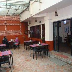 Отель Earth House Непал, Катманду - отзывы, цены и фото номеров - забронировать отель Earth House онлайн питание фото 3