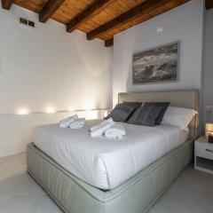 Отель Venetian Exclusive Apartment R&R Италия, Венеция - отзывы, цены и фото номеров - забронировать отель Venetian Exclusive Apartment R&R онлайн комната для гостей фото 2