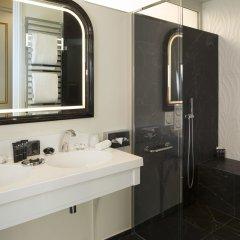 Отель Le Narcisse Blanc & Spa Франция, Париж - 1 отзыв об отеле, цены и фото номеров - забронировать отель Le Narcisse Blanc & Spa онлайн ванная фото 2