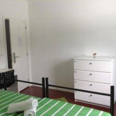 Отель Albufeira Hostel Португалия, Марку-ди-Канавезиш - отзывы, цены и фото номеров - забронировать отель Albufeira Hostel онлайн комната для гостей фото 5