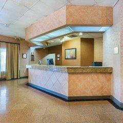 Отель Clarion Inn I-10 East at Beltway интерьер отеля фото 3