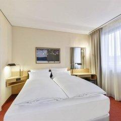 Отель NH München Unterhaching Германия, Унтерхахинг - 1 отзыв об отеле, цены и фото номеров - забронировать отель NH München Unterhaching онлайн комната для гостей фото 3
