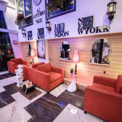 48Metro Hotel Bangkok Бангкок развлечения