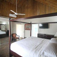 Отель Summer Breeze Vacation Home Ямайка, Монтего-Бей - отзывы, цены и фото номеров - забронировать отель Summer Breeze Vacation Home онлайн комната для гостей фото 4