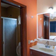 Отель Cactus Inn Los Cabos Мексика, Эль-Бедито - отзывы, цены и фото номеров - забронировать отель Cactus Inn Los Cabos онлайн ванная
