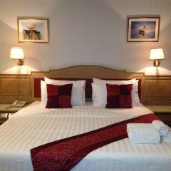 Отель Suda Palace Бангкок комната для гостей фото 2