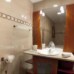 Отель Family Barcelona Apartments Испания, Барселона - отзывы, цены и фото номеров - забронировать отель Family Barcelona Apartments онлайн ванная