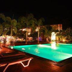 Отель Gamodh Citadel Resort Анурадхапура бассейн