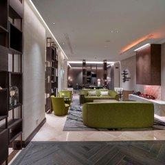 Отель Hilton Milan интерьер отеля