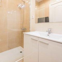 Отель Apartamento Loft Montserrat 1 Испания, Мадрид - отзывы, цены и фото номеров - забронировать отель Apartamento Loft Montserrat 1 онлайн ванная фото 2