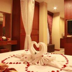 Отель Patong Hemingways спа