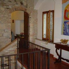 Отель Antica Posta Италия, Сан-Джиминьяно - отзывы, цены и фото номеров - забронировать отель Antica Posta онлайн балкон