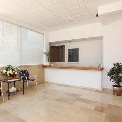 Отель Apartamentos Benimar Испания, Бенидорм - отзывы, цены и фото номеров - забронировать отель Apartamentos Benimar онлайн интерьер отеля фото 2